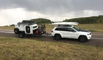 Jeep Grand Cherokee - Carreta Camping
