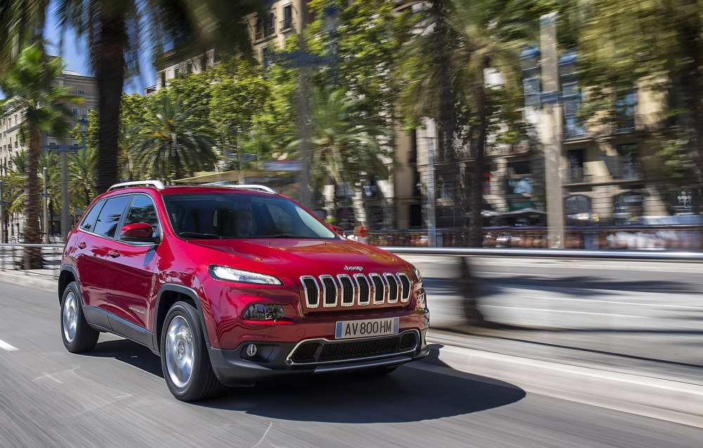2014_jeep_cherokee_eu-version_33_1600x1200
